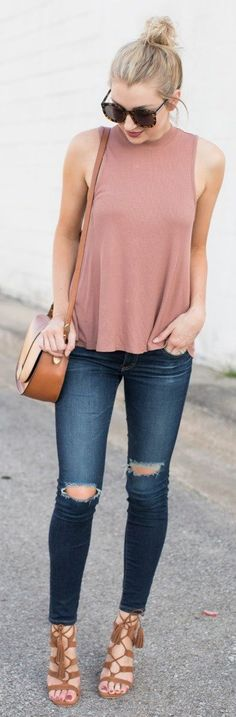 Spring outfit idea   Pink tank top + knee-ripped jeans