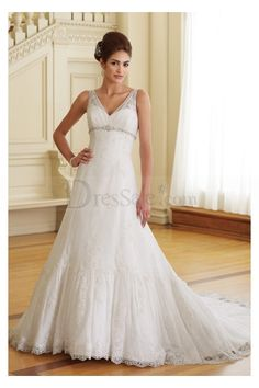 Romantic Wedding Dresses Clearence with Dumping V Neckline