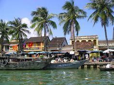 Hoi An - Vietnam  pystravel.com