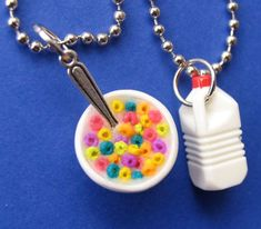 Cereal and Milk Set – cereal – cereal charm – bff necklaces – bff charms – best friend jewelry – cereal and milk – miniature Cereales y leche BFF JOYERIA por Alittleawesome en Etsy Bracelets Bff, Bff Necklaces, Best Friend Necklaces, Friendship Necklaces, Best Friend Jewelry, Cute Necklace, Crea Fimo, Cute Clay, Cute Charms