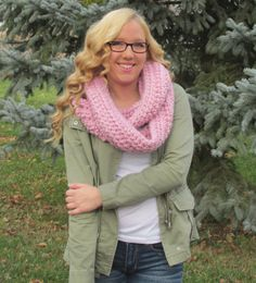 Hand Made Chunky Pink Metallic Infinity Scarf by HollidayHandMade on Etsy https://www.etsy.com/listing/259553590/hand-made-chunky-pink-metallic-infinity