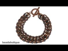 #DIY #PAP vídeo YouTube - 14 minutos ▶ How to Do a Flat Spiral Stitch for Beading & Make a Bracelet - pérolas 6 mm + bicones 4mm + missangas 11/0 - 100 mil visualizações - loja Beadholique