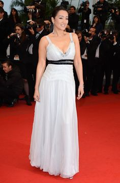 Gong Li rocks the red carpet at Cannes 2012 // L'Oréal Paris