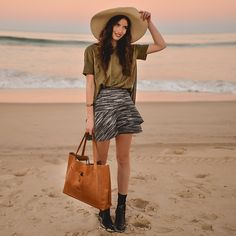 The Weekender Tote, S&P Skirt, V Neck T Shirt With Chiffon Back Panel