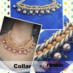 Bonito collar en naranja con cadenas, cristales y pelas..
