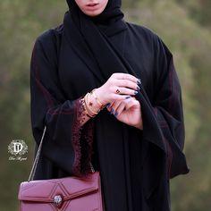 تميزي بعباية فاخرة من دار الجود السالمية شارع بغداد ت: ٢٥٧٢٥٧٧٢ Abaya Fashion, Muslim Fashion, New Abaya Style, Abaya Pattern, Hijab Dpz, Mode Abaya, Beautiful Long Dresses, Abaya Designs, Abayas