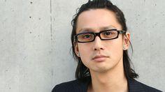 Masanobu Ando with megane Japanese Men, Mens Glasses, Asian Men, Actors & Actresses, Beautiful People, How To Look Better, Interview, Hair Makeup, Handsome