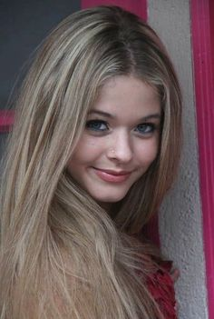 Sasha Pieterse on imgfave