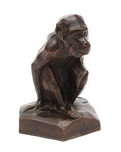 Aardewerk sculptuur van een aap ontwerp toegeschreven aan Cornelia Smit 1878 - 1928 / Amsterdam ca.1925