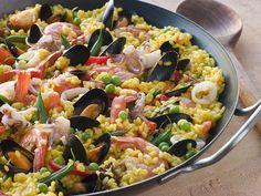 Paella met mosselen en garnalen