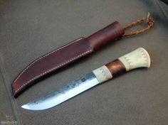 Kovácsolt leuku kés