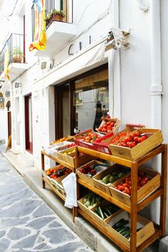 Market in Cadaques, Spain.  Red tomatoes, yummy !