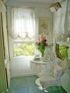 Shabby Chic Home Interiors – Decorating Tips For All Cottage Shabby Chic, Romantic Cottage, Shabby Chic Homes, Shabby Chic Style, Shabby Chic Decor, Cottage Style, Romantic Homes, Interior Exterior, Interior Design