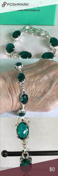 """🌺Final Price🌺Faceted Green Topaz Bracelet 925 Lovely Faceted Oval Green Topaz Bracelet set in stamped 925 sterling silver. Toggle clasp and adjustable links 6.5""""-8"""". Hermosa Jewelry Bracelets"""