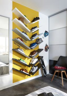 Teen storage, shelves set, street art trend colors skater Source by Boys Basketball Room, Skateboard Room, Living Colors, Room Planning, Boy Room, Home Organization, Sweet Home, Bedroom Decor, Shelves