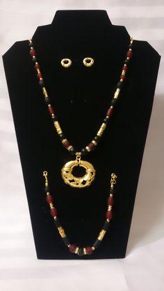 Collar y manilla cristal negro y rojo, separadores y aretes Precolombinos baño oro 24K de TESOROSPRECOLOMBINO en Etsy
