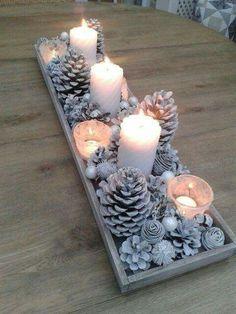 Mesa: sobras caixa tenho+pinhas e velas