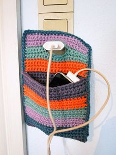 "crochetmelovely: ""nica-luke: ""Mobile phone holder By Yarnfreak Free pattern here (in Danish but google translator and common sense ;-) help). Easy peasy little pouch to hold the phone while charging. The pouch is also ideal to store the charger,..."
