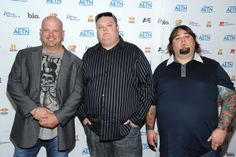 Rick Harrison Chumlee Photos Photos - Actors Rick Harrison, Corey Harrison and Chumlee attend the 2010 A&E Upfront at the IAC Building on May 2010 in New York City. History Channel, Pawn Stars, Groupes, Television Program, Latest Pics, Tv Series, Tv Shows, Anna, Musicians
