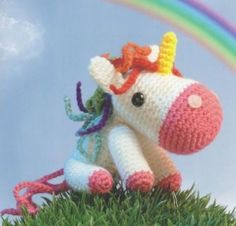 Unicorn - amigurumi I really wanna try making this :) after I learn how to crochet first lol