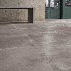 Backstage Tan vloertegel beton look cm grijs mat Concrete Look Tile, Stained Concrete, Polished Concrete, Concrete Wall, Concrete Floors, Ceramic Floor Tiles, Wall And Floor Tiles, Screed Floors, Flooring