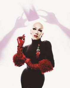 My fav new drag queen Sasha Velour! Drag Queens, Valentina Drag, Rupaul Drag Queen, Violet Chachki, Ella Enchanted, Queen Makeup, Drag Makeup, Club Kids, Celebrity Dads