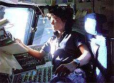 Sally Ride EarthKAM – Interpreting EarthKAM images (satellite views)