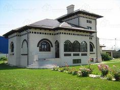 Conac brancovenesc langa Bucuresti Villa, Design Case, Home Fashion, Romania, Architecture Art, Beautiful Homes, Exterior, House Design, Mansions