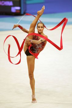 Irina TCHACHINA (RUS) Ribbon