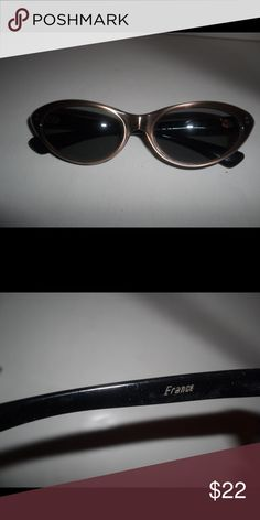 Vintage Cat Eye Sunglasses Vintage Sunglasses in good condition.  They are brown with black on reverse. Accessories Sunglasses