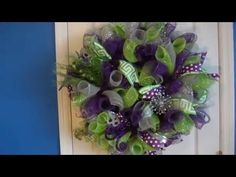 (10) Deco Mesh Wreath. Loop Method. - YouTube