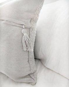 The Blanket Shrug - Free Crochet Pattern - Jewels and Jones Crochet Throw Pattern, Crochet Pillow Patterns Free, Easy Crochet Blanket, Free Pattern, Shrug Pattern, Chunky Crochet Scarf, Crochet Headband Free, Free Crochet, Crochet Scarf For Beginners