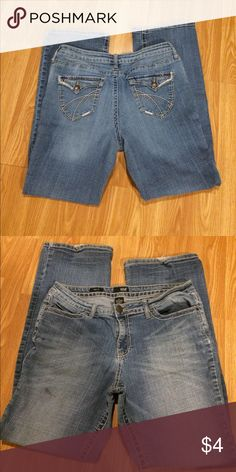 Women's 14 ANA Bootcut Jeans One black spot as pictured on right upper thigh area. Minimal fraying to cuffs as pictured. Bootcut with stretch! a.n.a Jeans Boot Cut