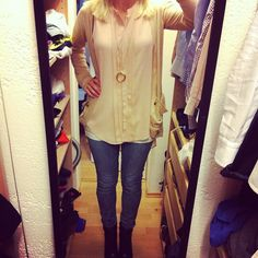 Endlich mal wieder ein Outfit Post! :-)    Outfit and song of the day. No. 119    http://bootsmannundtornado.com/2012/11/15/outfit-and-song-of-the-day-no-119/    #fashion #bootsmannundtornado #look #ootd #picoftheday #photooftheday #mode #blouse
