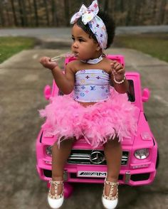 Most Fashionable Baby Girls and Boys Cute Little Girls Outfits, Cute Little Baby, Kids Outfits Girls, Pretty Baby, Cute Black Kids, Black Baby Girls, Fashion Kids, Baby Girl Fashion, Cute Mixed Babies
