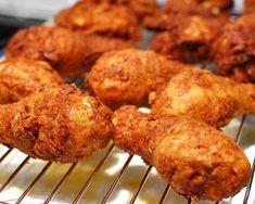 Receta de pollo al estilo KFC - Cosas por preparar - Recipe For Kentucky Fried Chicken, Kfc Chicken Recipe, Fried Chicken Recipes, Honey Butter Chicken, Buttermilk Fried Chicken, Kfc Coleslaw Recipe Easy, Poulet Kentucky, Pollo Frito Kfc, Kfc Secret Recipe