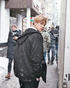Why lucas is so boyfriend material, my heart just can't...