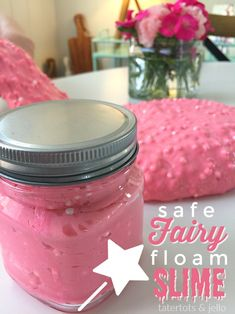 Safe Fairy Floam Slime We might have a SLIGHT slime obsession happening at our house. My LOVES making and inventing new types of slime. Diy Projects For Teens, Crafts For Teens, Diy For Kids, Kids Crafts, Kids Fun, School Projects, Free Slime, Diy Slime, Diy Floam