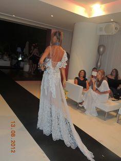 Novia Ibicenca...transparencia...100%Ibiza...algodon bordado Ibiza, Formal Dresses, Fashion, Boyfriends, Needlepoint, Style, Dresses For Formal, Moda, Formal Gowns