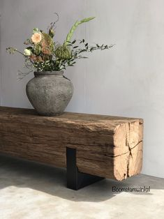 Wystrój image by Antosz on Wnętrza in 2020 Rustic Furniture, Diy Furniture, Furniture Design, Building Furniture, Cheap Home Decor, Diy Home Decor, Room Decor, Interior Design Living Room, Home And Living