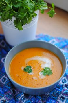 Thai Red Curry, Chili, Food And Drink, Ethnic Recipes, Chile, Chilis