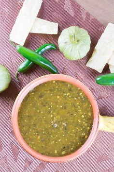 Homemade Green Enchilada Sauce with Roasted Tomatillos - Get your enchiladas ready with this homemade green enchilada sauce recipe made with fresh tomatillos, jalapenos, serranos and poblano peppers, from scratch in your own kitchen. Mexican Dishes, Mexican Food Recipes, Great Recipes, Favorite Recipes, Ethnic Recipes, Mexican Cooking, Recipes With Enchilada Sauce, Green Enchilada Sauce, Sauce Recipes