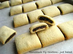Homemade Fig Newtons or Fig Bars. My husband LOVES fig newtons. I have been wanting to make him a homemade version for some time now. Fig Recipes, Baking Recipes, Cookie Recipes, Dessert Recipes, Recipies, Fig Newton Recipe, Homemade Fig Newtons, Fig Cookies, Fig Bars