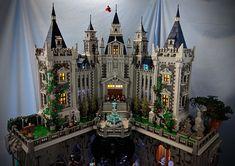 45 - Brent Waller Lego Disney Castle, Lego Castle, Lego Dc, Lego Batman, Batman Logo, Lego Hogwarts, Lego Universe, Wayne Manor, Amazing Lego Creations