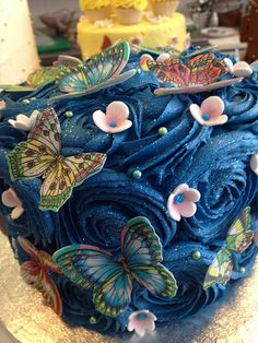 Blue flower butterfly cake