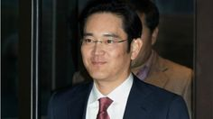 Lee Jae-yong, Samsung's vice chairman and the company's current acting leader, has officially been arrested on charges that he attempted to bribe the president of South Korea. Lee became the acting leader of Samsung in 2014 [. Image Apps, Korean President, Galaxy Note 7, Picture Logo, Seoul Korea, Under Pressure, The Heirs, Pictures Images, Prison