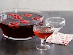 Prosecco Punch - Trisha Yearwood use ginger ale when making non-alcoholic