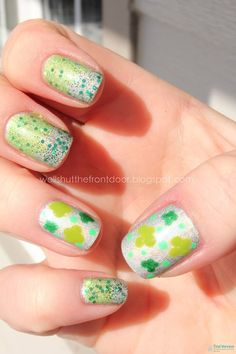 Lightly Leprechaun St Patricks Day Manicure Nail treatments See all our Magnificient Manicures for every holiday:  http://stillblondeafteralltheseyears.com/tag/manicures/