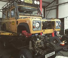 Chassis change on this genuine camel trophy 110 this week. Body off today…