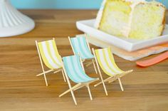 Make these chairs for Littlest Pet Shops